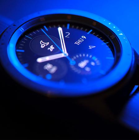 صورة لقسم Smart watch